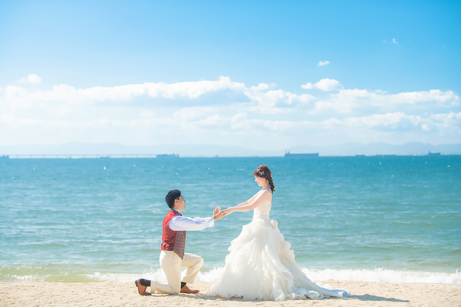 結婚写真 ウェディングドレス 洋装