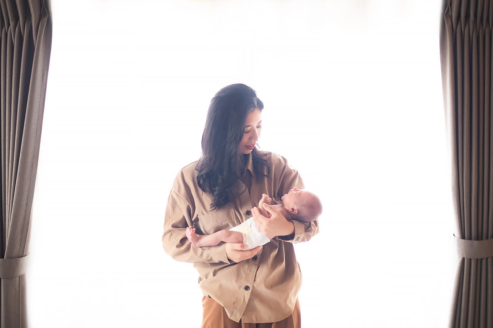 自宅出張撮影 ニューボーンフォト 家族写真